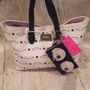 Betsey Johnson eyes tote handbag NWT